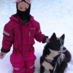 Karen og dino sne